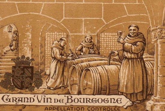 Tu Sĩ Công Giáo sản xuất rượu vang phục vụ nghi thức Thánh lễ