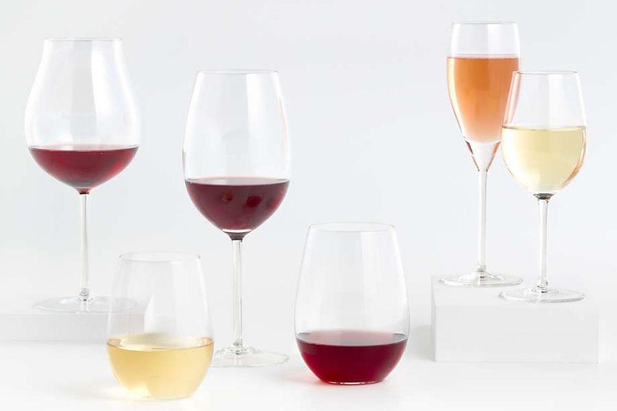 rót rượu vang đúng chuẩn