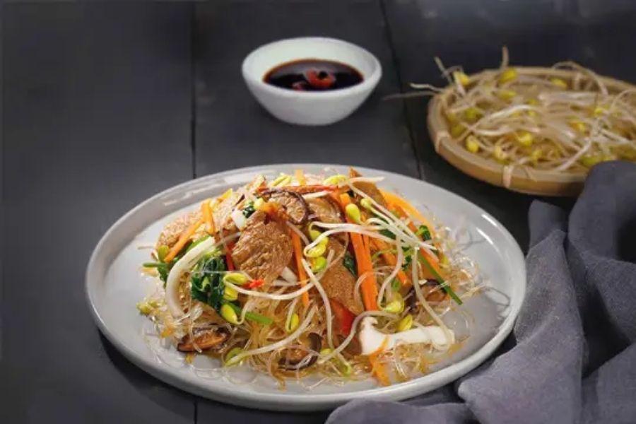 cách kết hợp rượu vang với đồ ăn Việt